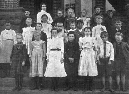 Nathanial White School class of 1902